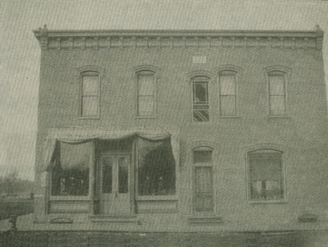 The Omaha Hotel Located On 7th Clay Street Corner